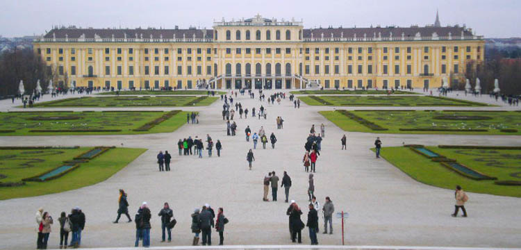 advent u becu schonbrunn